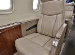 Lear45xr_sn-45-371_seatdetail_ss_-10-500x750